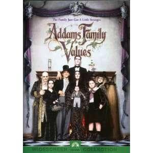 Addams Family Values: Anjelica Huston, Raul Julia