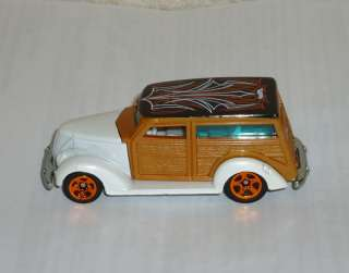 2010 HOT WHEELS HOT RODS #139 37 FORD   WHITE