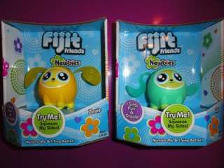 Friends Newbies Little Mini Interactive Hot Toy 2011 Zia & Zinzie