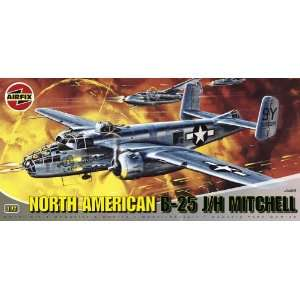 25 Mitchell Military Aircraft Classic Kit Series 4 Toys & Games