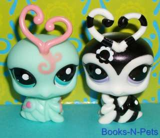 BUG LOT~#1727 MINT & #2250 BLACK/WHITE~Littlest Pet Shop K120