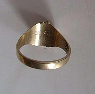 VINTAGE MENS 1960s, 10K yellow gold RING, 5 small DIAMONDS, 8.1 GRAMS