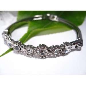 Fashion Plating Platinum and Diamond Bracelet br10028