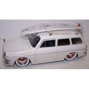 Jada Toys 1/24 Scale Diecast V dubs 1965 Volkswagen
