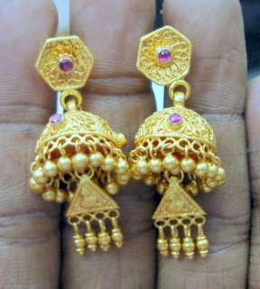 VINTAGE 22 CT SOLID GOLD DANGLE EARRING PAIR