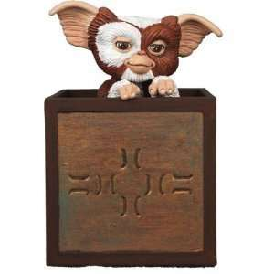 Gremlins   Gizmo in a Box Pull Back Vehicle: Toys & Games