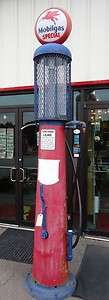 Mobil 1920s Rush 10 Gallon Visible Gas Pump