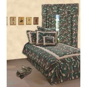 Classic Green Army Camouflage Bedding (Queen Complete Bedding