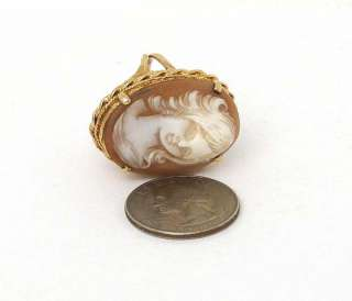 STUNNING 14K GOLD & HAND CARVED SHELL CAMEO LADIES RING