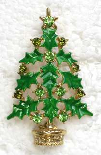 GREEN CRYSTAL HOLLY LEAVES CHRISTMAS TREE PIN BROOCH G369