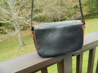Bally of Switzerland Black Leather w/Tan Trim Classic Shoulder Bag