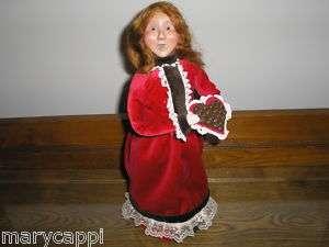 BYERS CHOICE 2011 VALENTINES DAY WOMAN REDDISH HAIR
