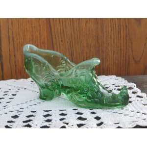 Green Opalescent Glass Victorian High Heel Rose Slipper Curled Toe