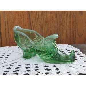 Green Opalescent Glass Victorian High Heel Rose Slipper Curled Toe