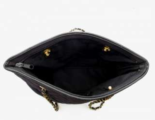 ST JOHN KNITS BLACK QUILTED BAG WITH CHAIN STRAPS