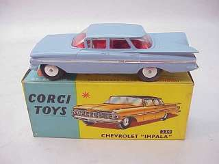 VINTAGE 1960s CORGI TOY CAR~CHEVROLET IMPALA #220 w BOX